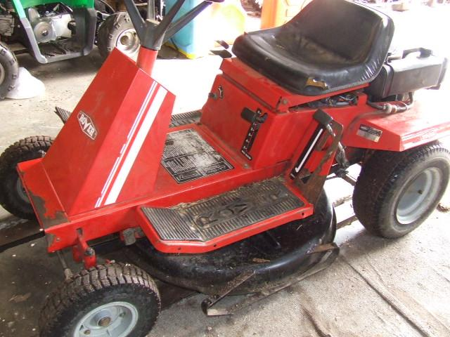 how to change blades on rover ride on mower
