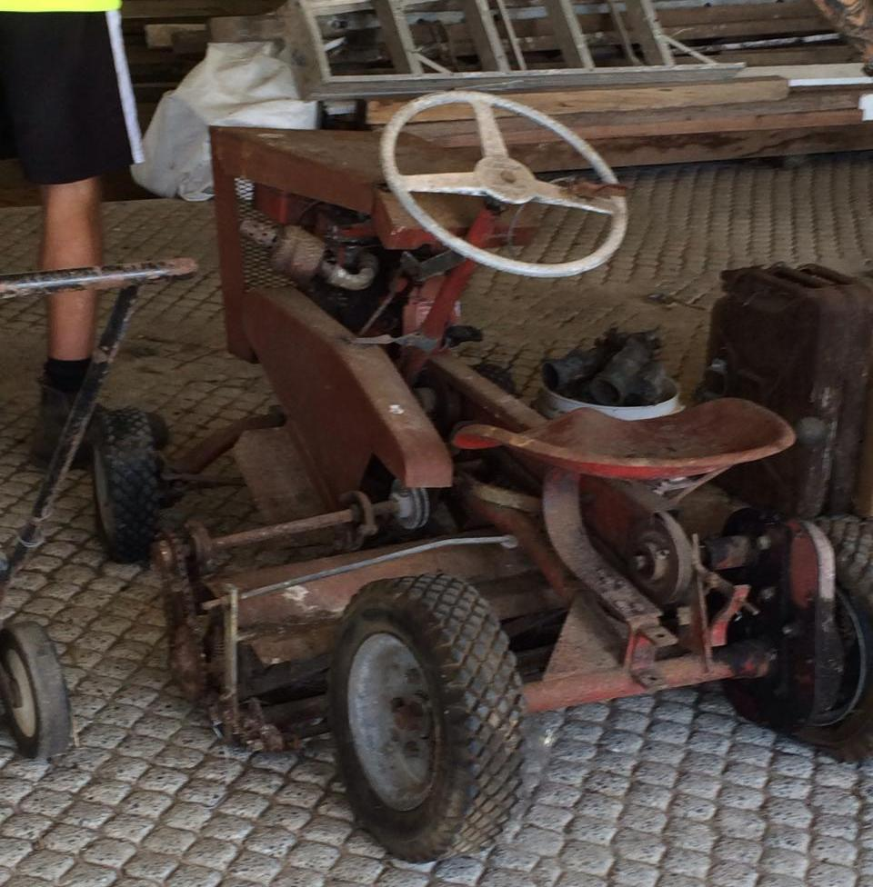 Australian Made Australian Made Tow Tractor