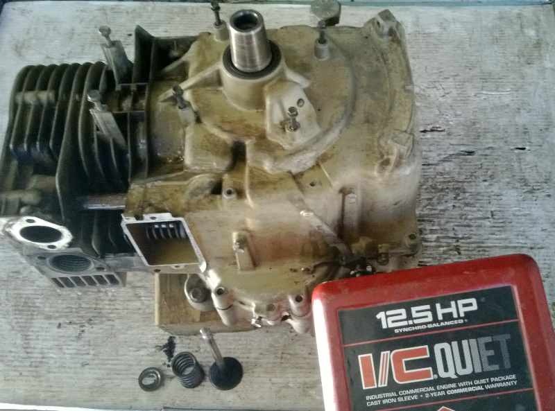 B&S 12 5 HP I/C Quiet, exhaust valve retainer  - OutdoorKing Repair