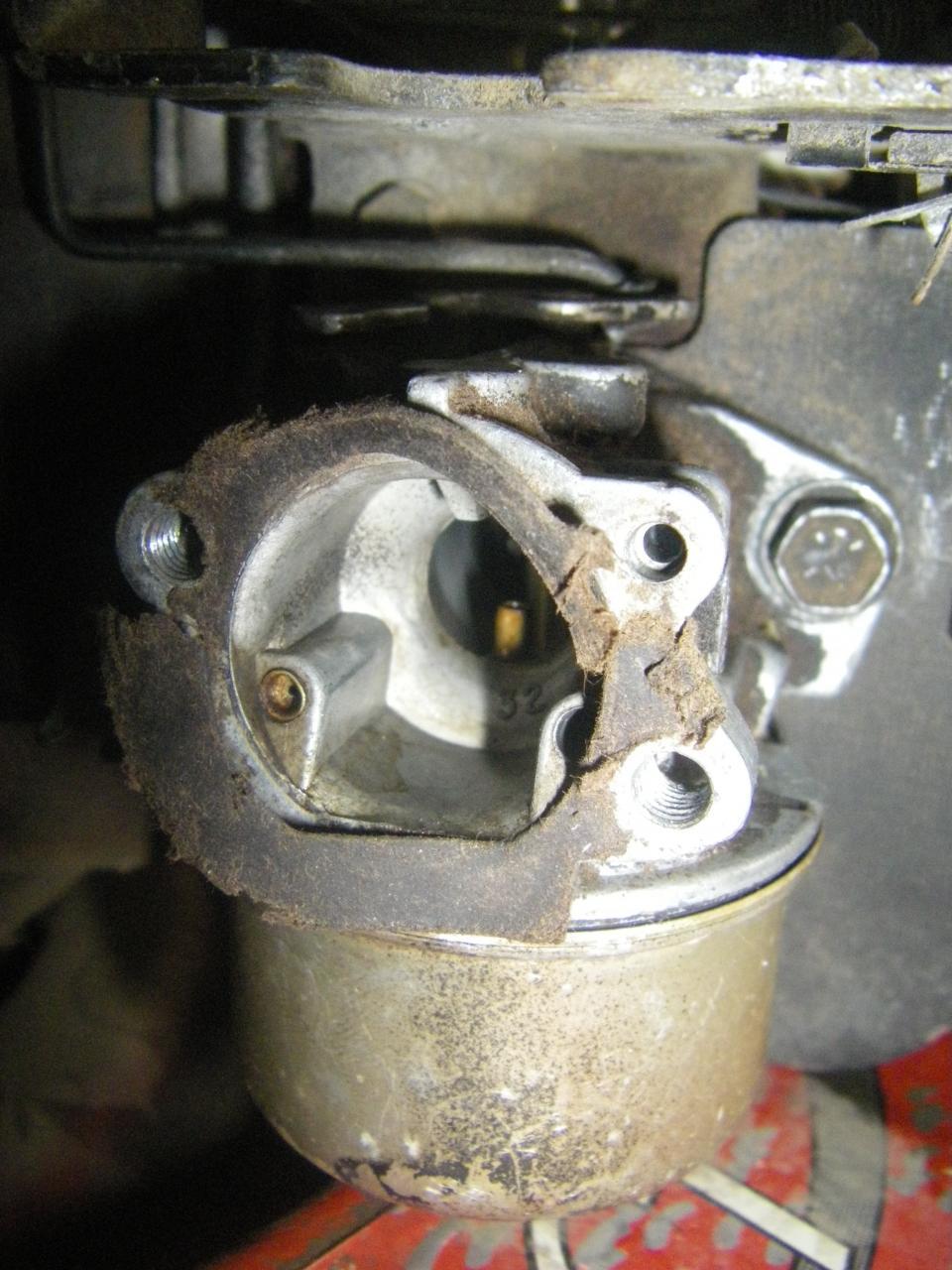 Intek 5 5HP backfires on (not) starting - OutdoorKing Repair