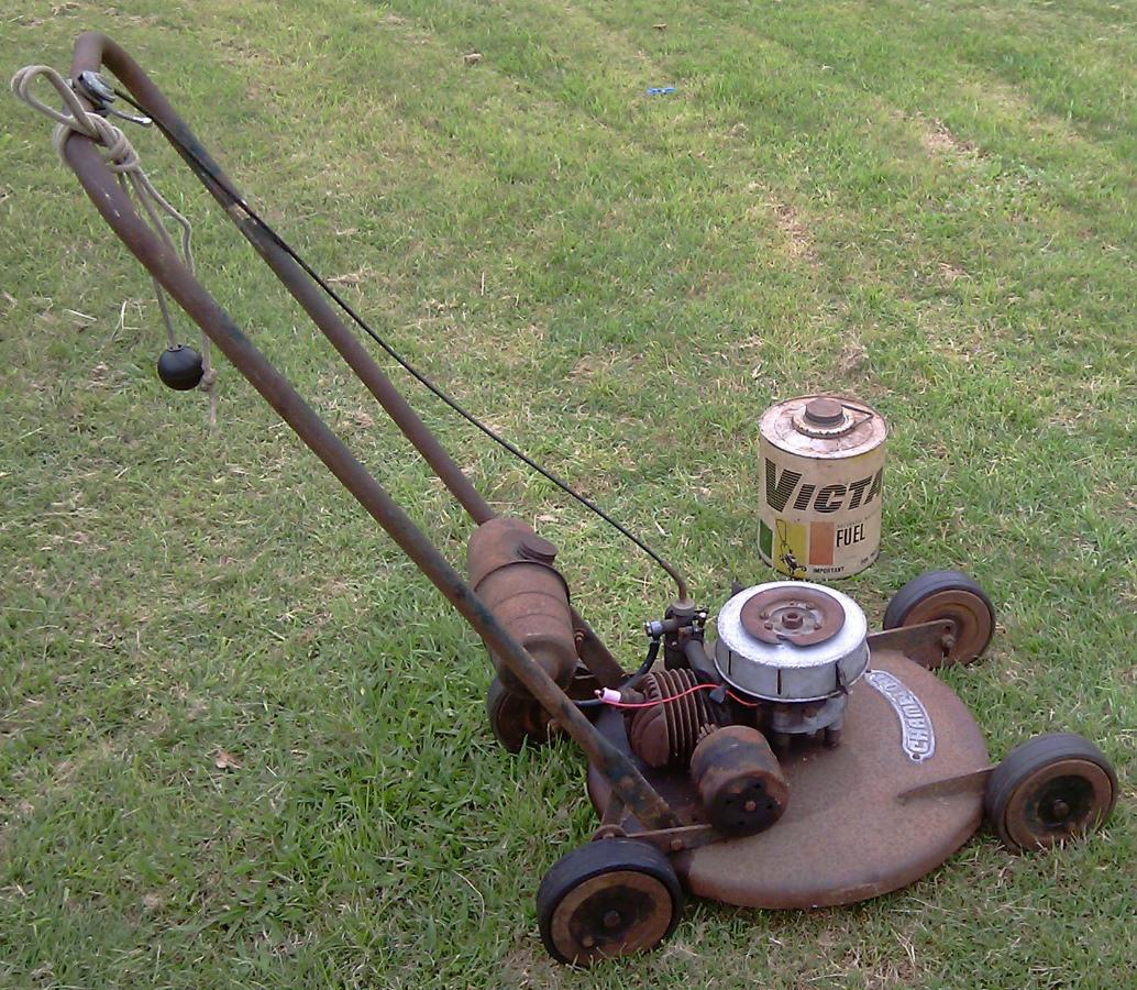 champion mowers fans and wheels c1955 outdoorking repair forum rh  outdoorking com Manual Push Lawn Mowers Manual Push Lawn Mowers